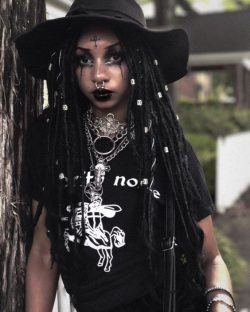Black Goths Instagram:@Vampology