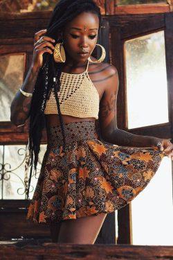 Dark skinned beauty | artistic photography | tattoos on dark skin | melanin