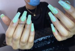Jade Green Marble Nails ??