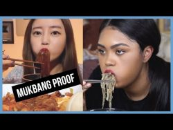 MUKBANG PROOF MAKEUP?? TRYING OUT DOROTHY'S 도로시 LIP TINT ROUTINE Does it come off???| K ...