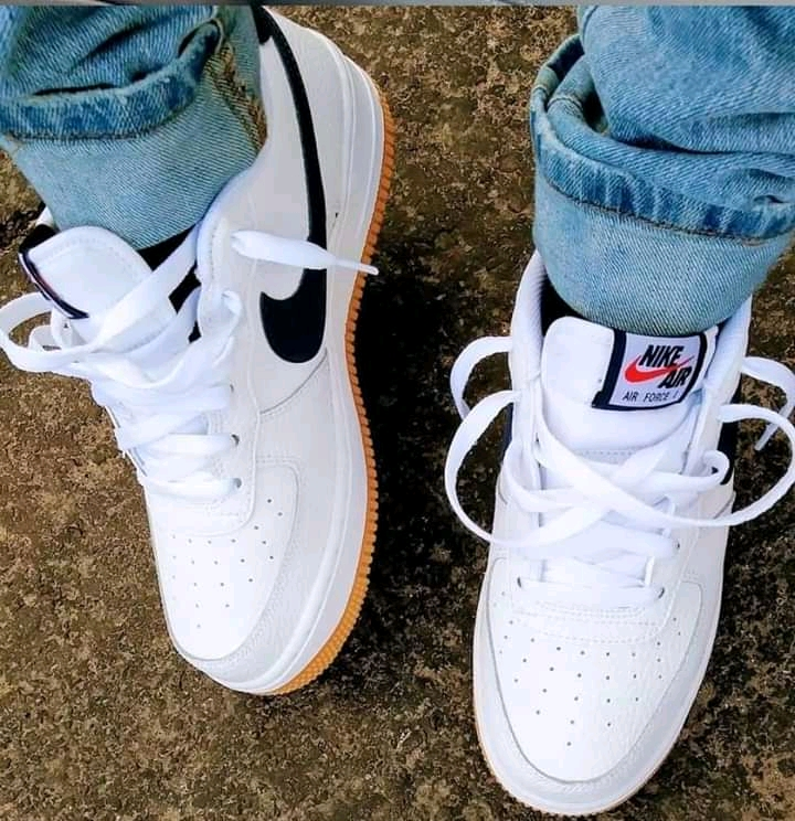 Air forces are here to stay #sneakers #sneakerculture #whiteshoes #kicks #nike