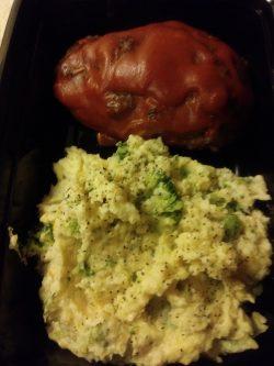 Meatloaf w/broccoli and cauliflower mash