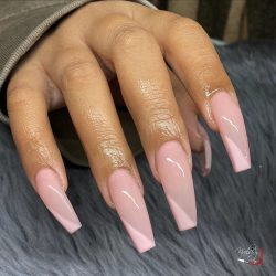 Soft Pink Nails w/ design