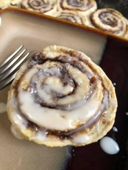 Vegan Cinnamon rolls!