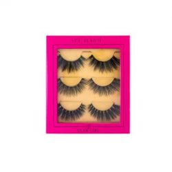 GLAM GIRL!! ACE BEAUTE LASHES SOLD @www.regalrootshairandbeauty.com