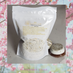 Colloidal Coconut Skin Soothing Bath Salts