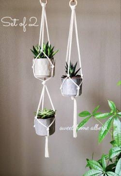 Macrame plant hangers set by Sweet Home Alberti