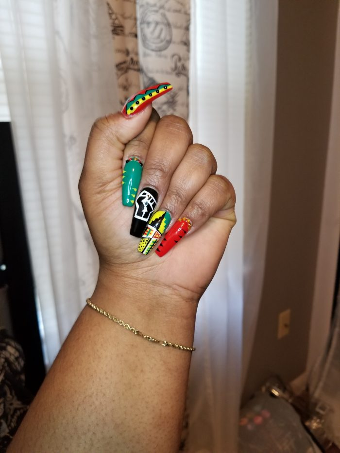 Luxe by Fancy, Black power nails