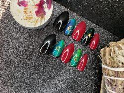 Press on nails. 20 nails 10 sizes, cuticle stick, nail glue, 20 nail tabs, and nail file.