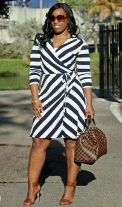 I'll ALWAYS love a Navy Dress/Brown Heel combo!!!