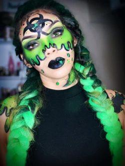 green makeup 🦠 toxic 🎨