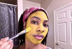 Turmeric + Flaxseed Clay Mask