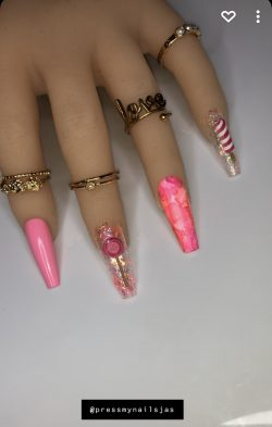 Pink Candy Nails💕