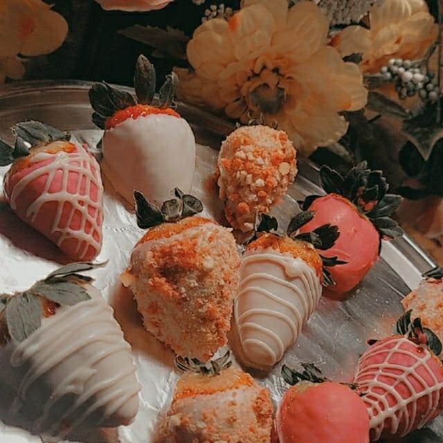 Strawberry Crunch Berries variety box