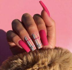 Pink Plaid💖🤎🖤🤍