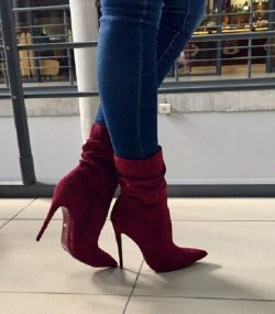 Suede Burgundy Pointed Toe Boots
