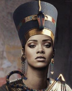 Rihanna is Nefertiti