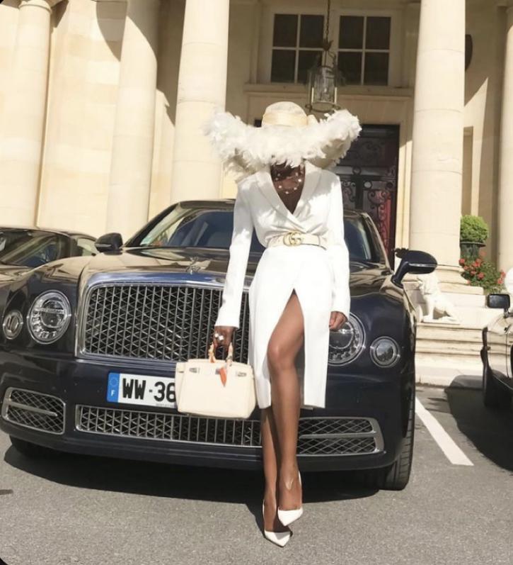 Black Lixury High Fashion