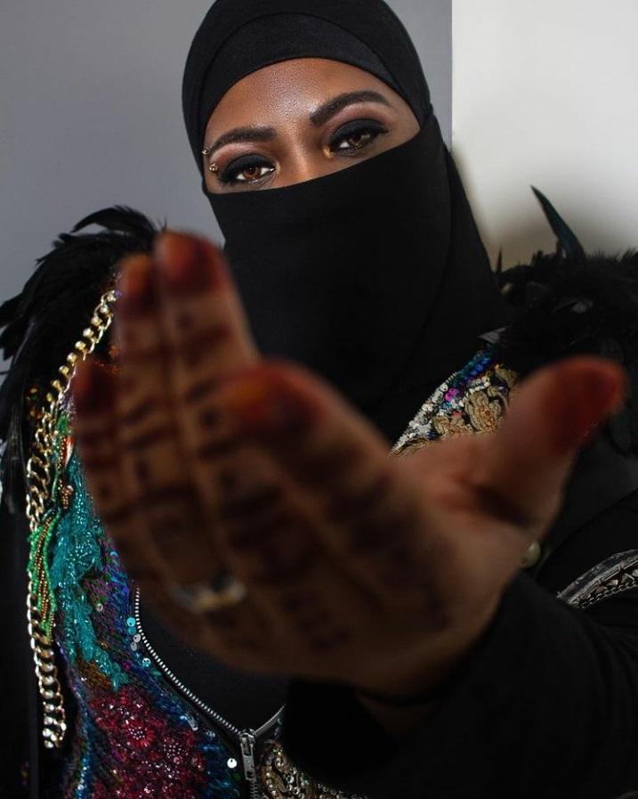 Muslim Sister Queen