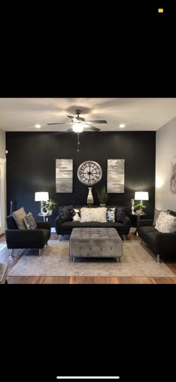 Simplistic Modern Livingroom
