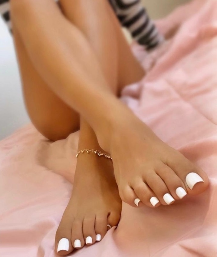 Toes are in