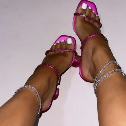 Is it the shoes, the pedi, or the anklets?