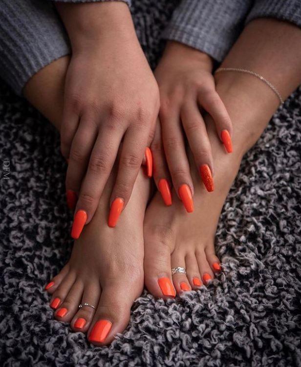 Orange Pedi
