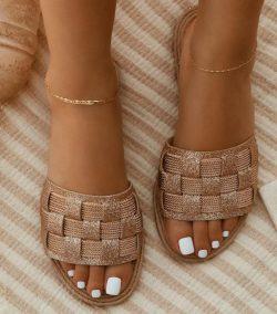 These look really nice against Brown/Black skin tones