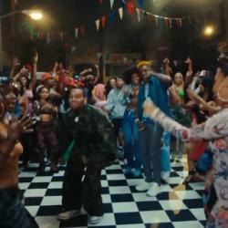 """Yung Bleu feat. Chris Brown & 2Chainz """"Baddest"""""""