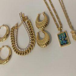Black Owned Gold Jewelry Instagram: @icygirlbox